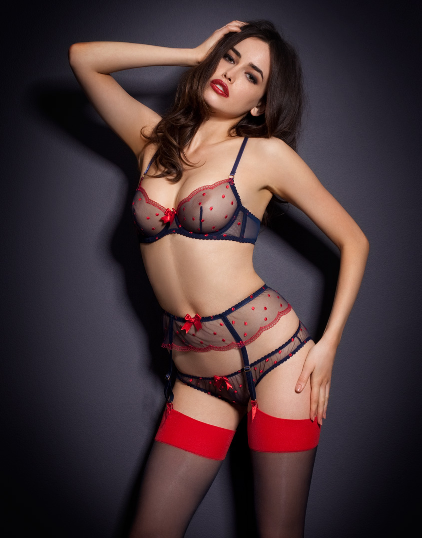 sarah stephens lingerie shooting f r agent provocateur. Black Bedroom Furniture Sets. Home Design Ideas