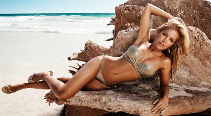 Sylvie-van-der-Vaart-Bikini-2013-01