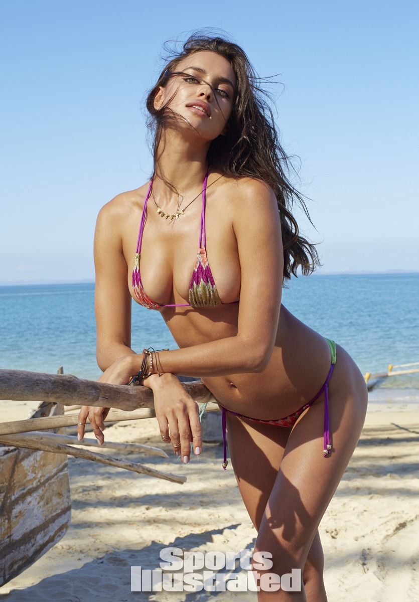Irina Shayk Sports Illustrated Swimsuit 2014 - 01