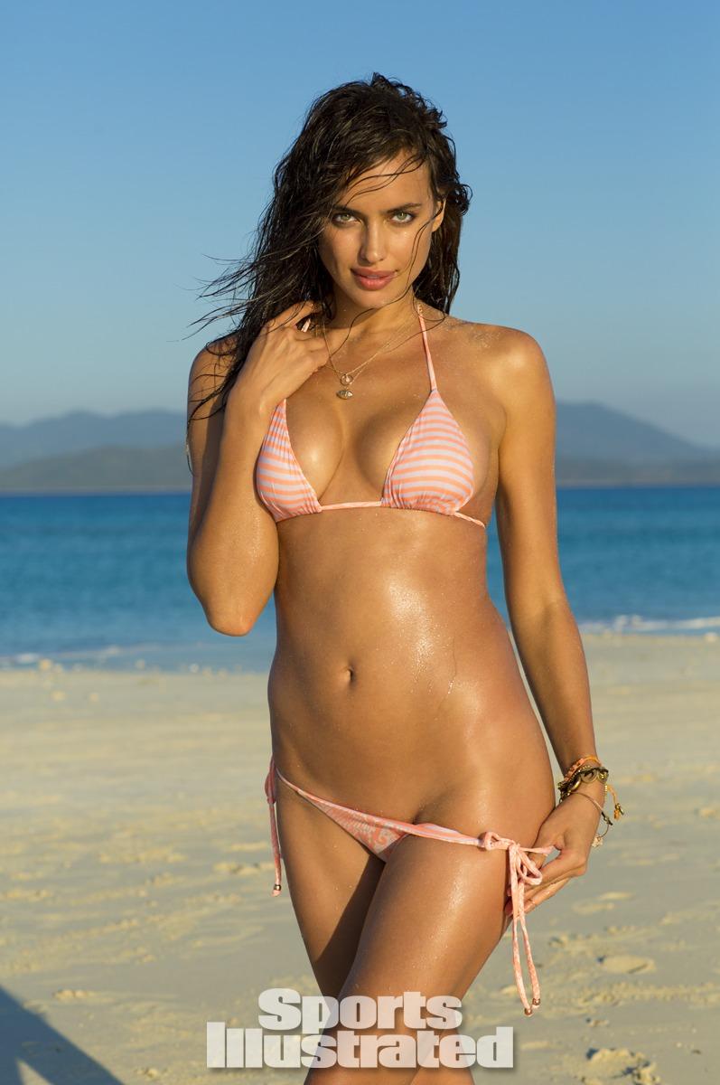 Irina Shayk Sports Illustrated Swimsuit 2014 - 01